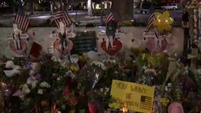 A una semana del tiroteo en Thousand Oaks, familiares de las víctimas mortales honran su memoria