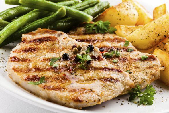 Las carnes blancas como el pollo, pavo y pescado son lo mejor para ti, a...