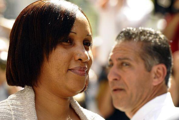 8 de agosto de 2011: Diallo emprende una causa por lo civil en Nueva Yor...