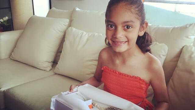 Yuri adoptó en 2009 a su hija Camila y no para de consentirla en...