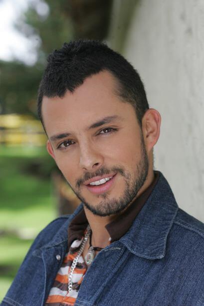 Nicolás Rincón es Albeiro, el novio pueblerino de Catalina.