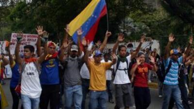 Opositores y estudiantes venezolanos criticaron un fallo que obliga a pe...