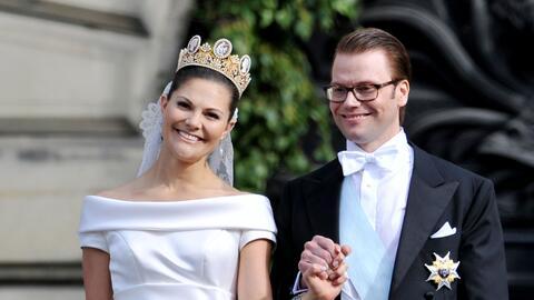 La princesa Victoria y el príncipe Alberto en su boda, en 2010. L...