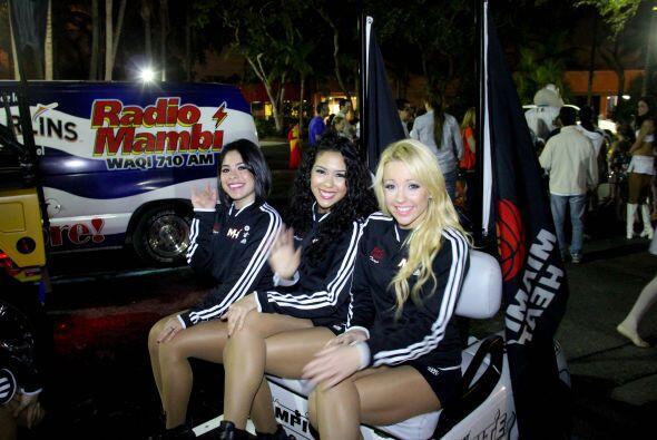 Univision Radio celebró la mini parada de los reyes en anticipo a nuestr...