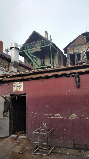 El emblemático restaurante mexicano en Pilsen se incendió la madrugada d...