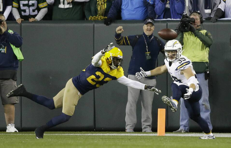 Los Green Bay Packers se impusieron 27 - 20 a los San Diego Chargers a p...
