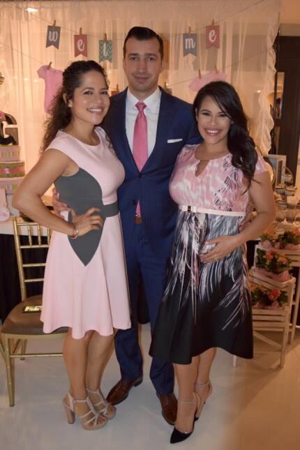 Mira que bonito baby shower organizó la familia de Ericka Pino en Nueva...