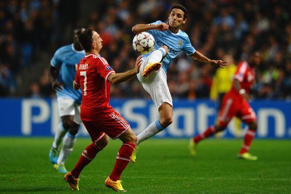 Los ingleses intentaban hacer algo ante un rival que los estaba superand...