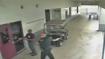 Un vigilante de Marjory Stoneman Douglas dice que advirtió sobre el ingreso de Nikolas Cruz al plantel el día del tiroteo