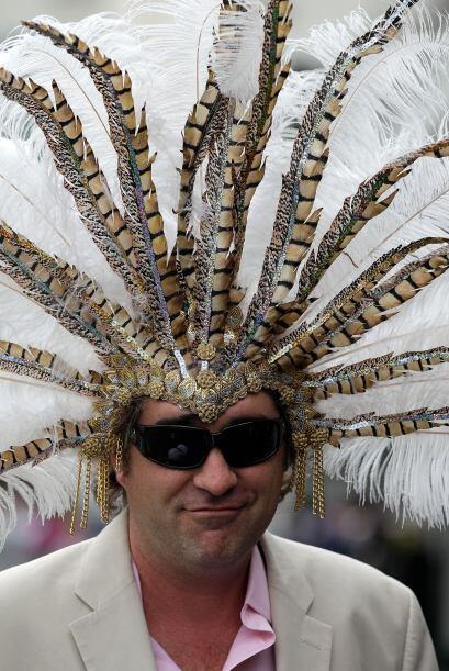 Los sombreros no son exclusivos de las mujeres ya que los hombres no se...