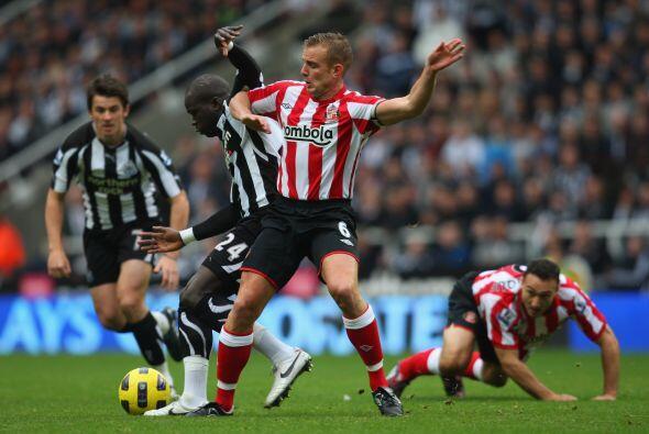 En otro encuentro, el Newcastle recibió al Sunderland.