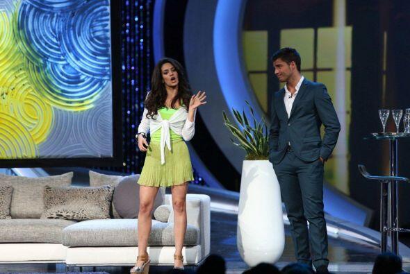 Alina Rodríguez de Cuba fue elegida por Lupita para actuar con Maxi en l...