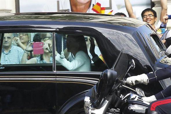 Se acercaba el momento, Felipe VI y Letizia llegaban al Congreso.