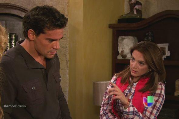 Camila dice que podría haber pruebas de que Isadora ha estado drogando a...