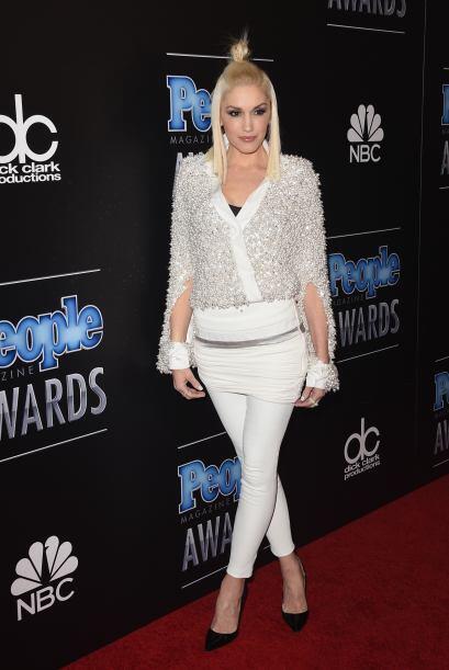 Una misteriosa pancita se le veía a Gwen Stefani con esos pantalones, ¿s...
