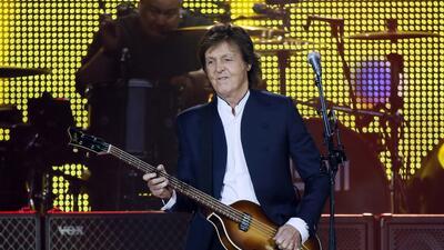 El ex Beatle interpretó grandes clásicos del Cuarteto de Liverpool.