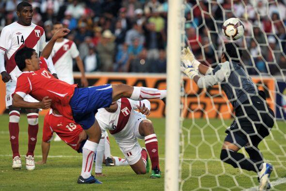 Perú quedó en una situación complicada, ya que en su segundo compromiso...