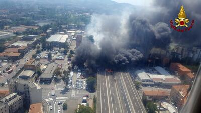 Fotos: Al menos un muerto y más de 60 heridos en Italia tras una enorme explosión