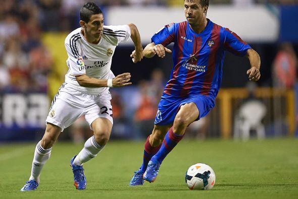 Real Madrid comenzó dominando, pero no encontró claridad en su juego.