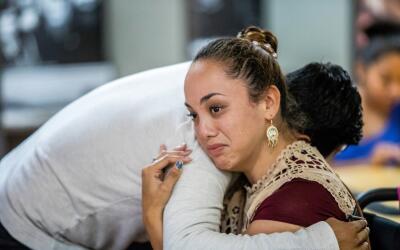 Paulina, beneficiaria de DACA de 26 años, al momento del anuncio...
