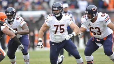 Kyle Long, guardia ofensivo de los Chicago Bears (AP-NFL).