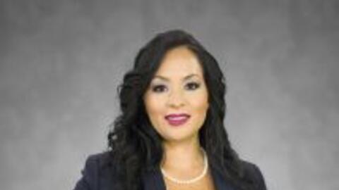 Es reportera de Noticias 45 Houston, no dejes de verla cada día en nuest...