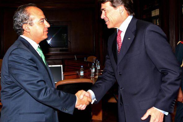 En cuanto a inmigración, Perry alega que la misma se puede discutir de m...