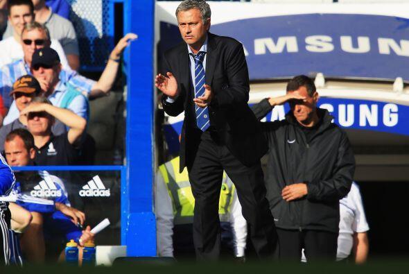 El resultado concluyó con el 2-0 a favor del equipo de Mourinho, que dej...