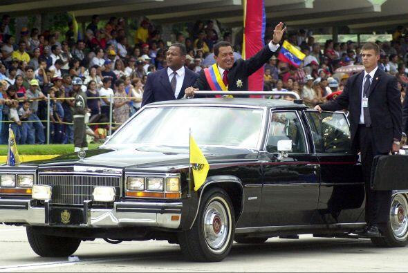 Venezuela: Aunque el presidente Hugo Chávez apuesta por autos económicos...