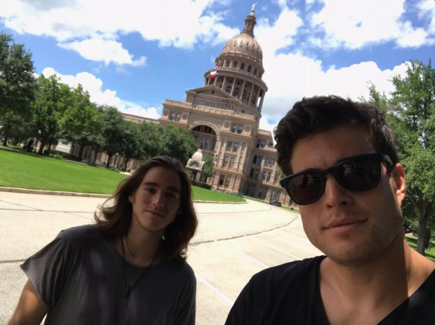 Danilo Carrera y su hermano Felipe