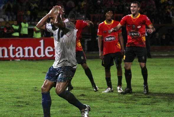 El conjunto ecuatoriano fue eliminado de la copa donde apenas sumó tres...
