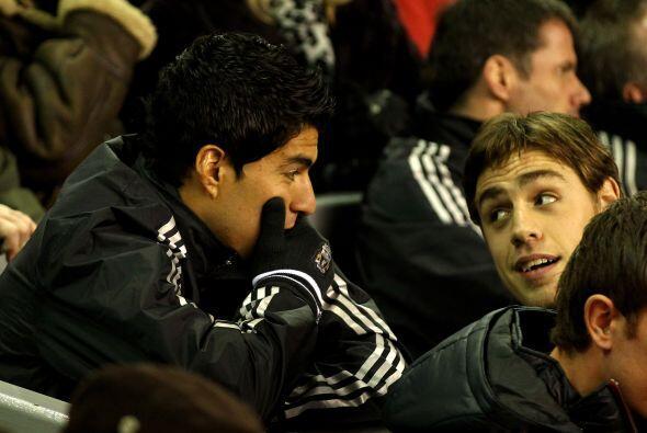 El uruguayo Luis Suárez, después de cumplir su largo castigo, finalmente...
