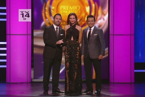 En Febrero estuvimos en Premio Lo Nuestro y tuvimos la oportunidad de pr...