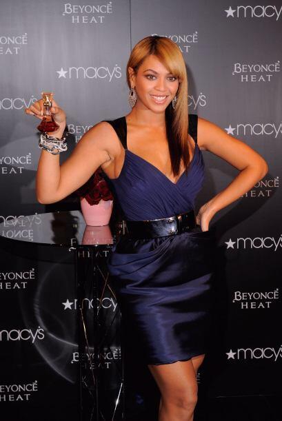9.- Para Beyoncé expresar su lado más femenino y sensual a través de alg...