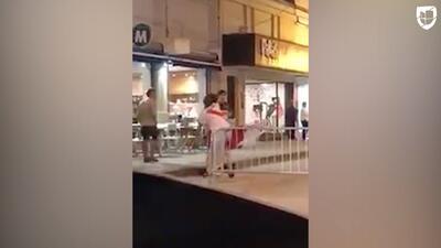 También hubo bronca en el clásico de Argentina: fuerte pelea entre hinchas en plena calle