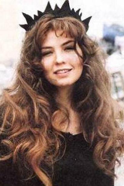 Comencemos con Thalía, la protagonista de la historia.