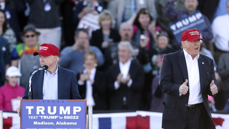 Jeff Sessions apoya a Trump