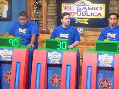 Los tres finalistas del Sabio de la República 2007.