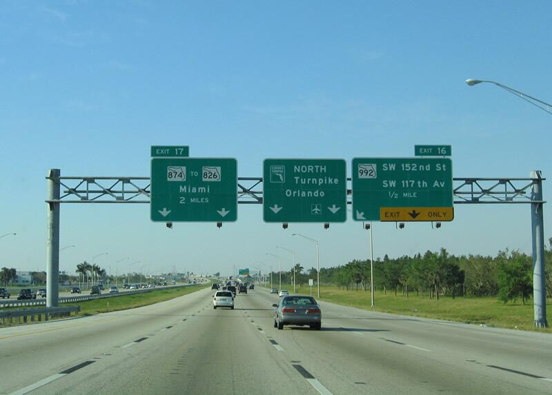 En tercer lugar se encuentra la carretera 192 de Florida, entre Four Cor...