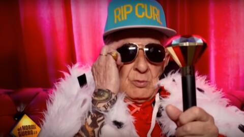 El abuelo que explica los pasos para crear una canción de reggaeton en 3...