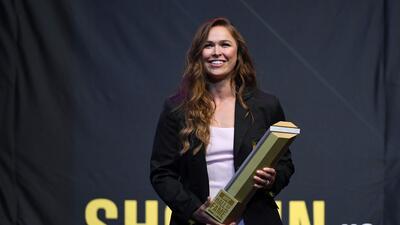 Ronda Rousey es la primera mujer en el Salón de la Fama de la UFC