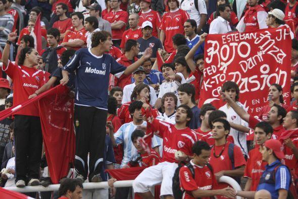 La Copa Libertadores sigue generando pasión donde se la juegue y...