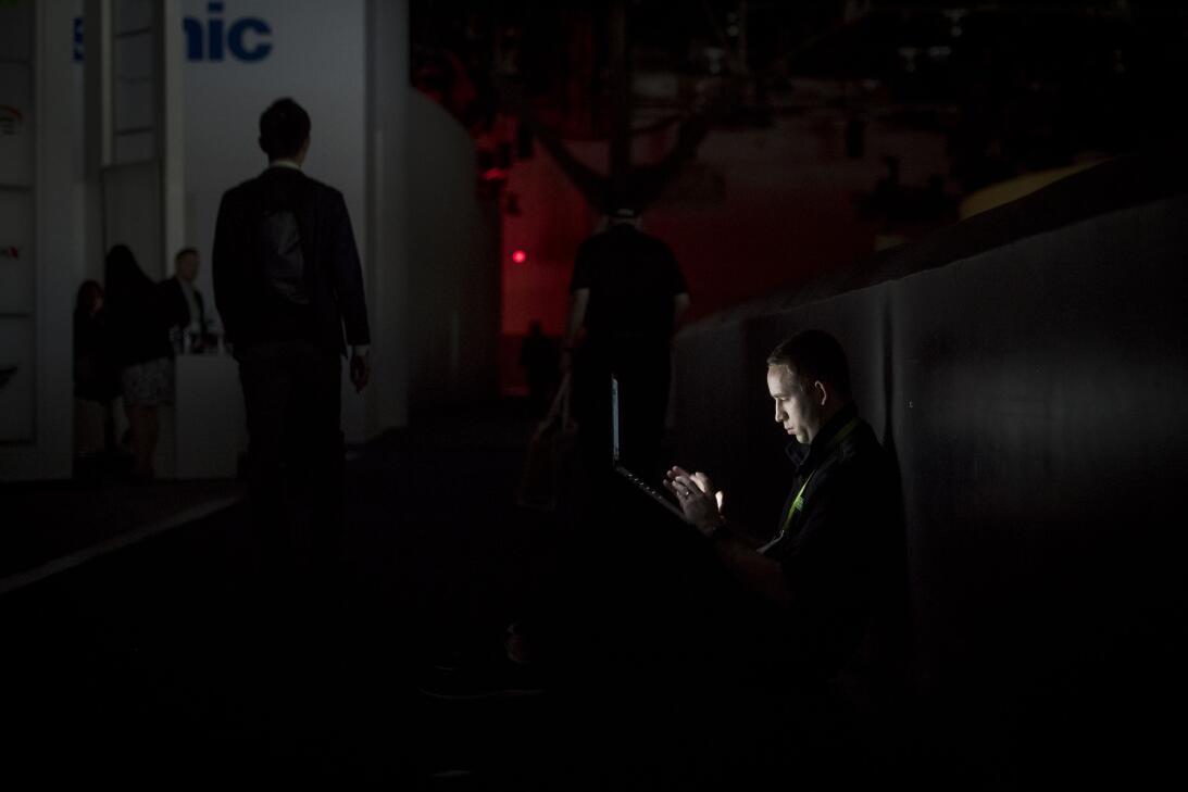 CES, la mayor feria de tecnología del mundo en Las Vegas queda a oscuras...