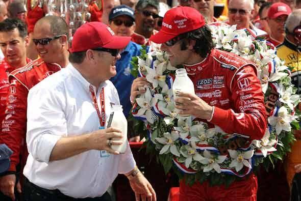 El equipo Chip Ganassi conquistó asi la Daytona 500 y la Indy 500 en el...