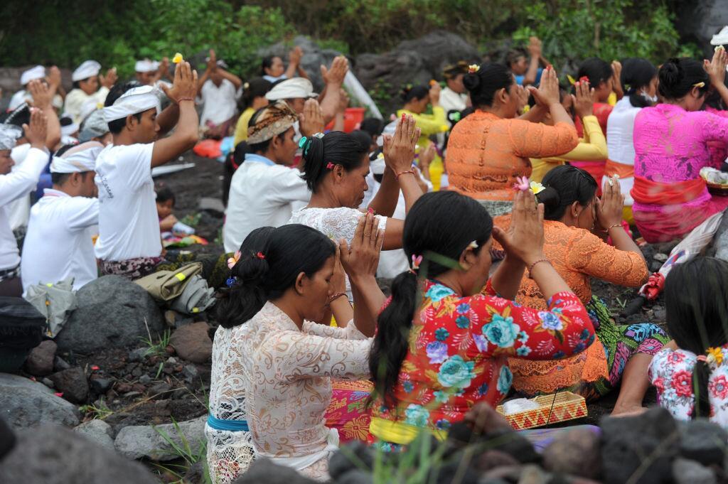 Una semana expulsando lava, humo y ceniza: la erupción del volcán Agung...