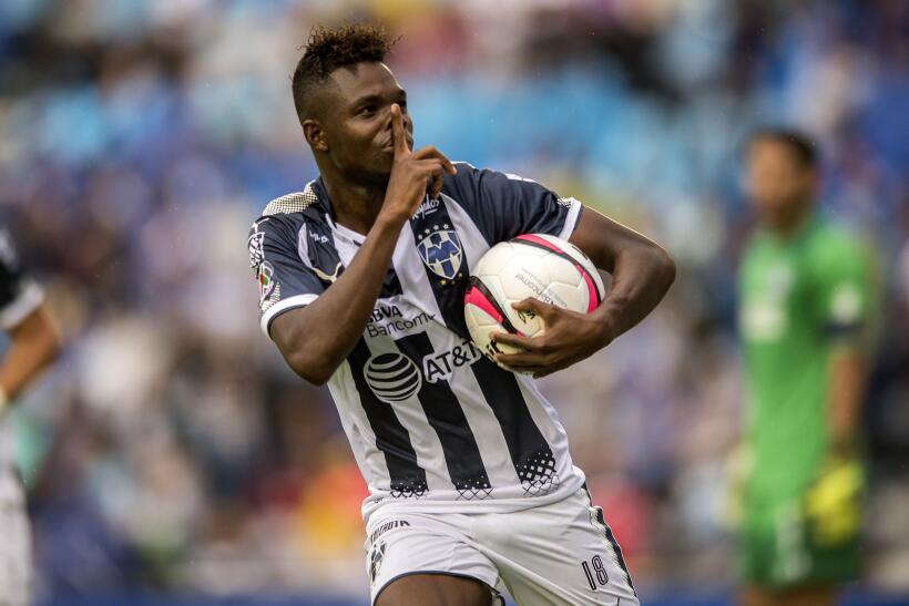 De la mano de Eduardo Vargas, Tigres derrotó a Lobos BUAP Aviles Hurtado...
