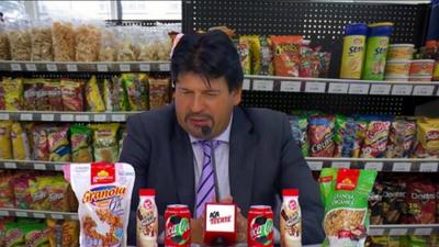 Memelogía | Las burlas a Chivas por el exceso de patrocinadores en la rueda de prensa