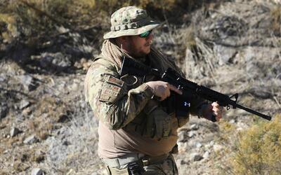 Grupo de civiles armados en Arizona se dedican a frenar el paso de narco...