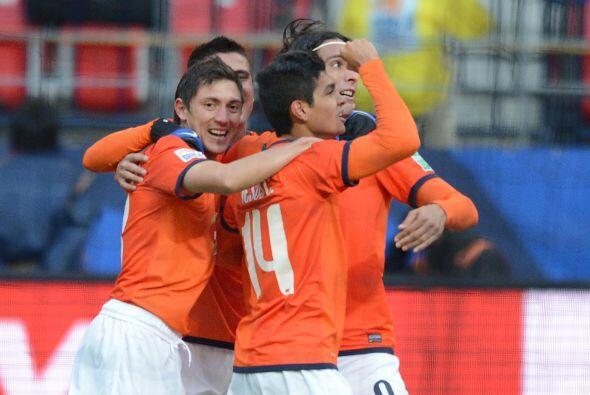 Y con apenas nueve minutos jugados, Monterrey ya ganaba con gol de Jes&u...