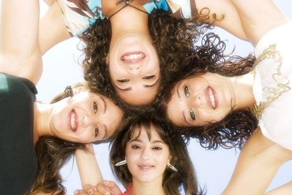 7. Cargar fotos poco favorecedoras de tus amigos.